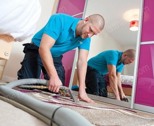 Máy giặt thảm giúp giặt thảm, ghế nhanh chóng, hiệu quả
