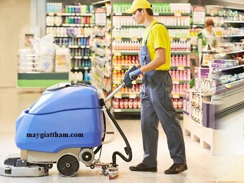 Bí quyết sử dụng máy chà sàn nhà xưởng để an toàn hiệu quả đúng chuẩn