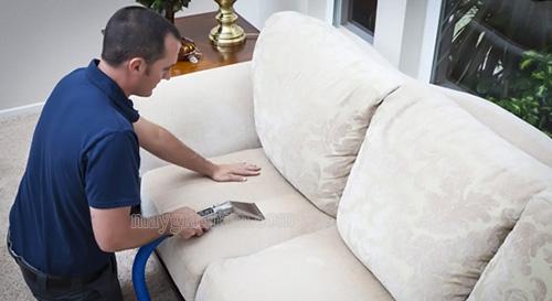 Người dùng cần chú ý cân đối thời gian sử dụng máy giặt thảm phun hút hợp lý