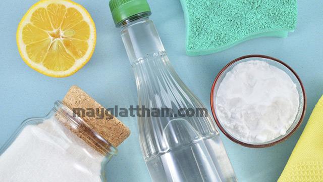Cách làm sạch sàn nhà tắm