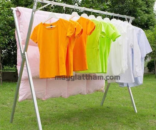 Cách xử lý quần áo bị lem màu