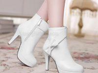 vệ sinh giày da trắng