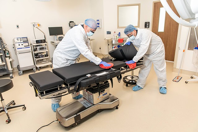 Quy trình vệ sinh bệnh viện đòi hỏi cần tỉ mỉ rất cao
